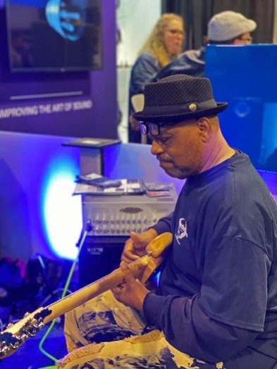 Wayne Jones AUDIO bass guitar rigs NAMM 2020