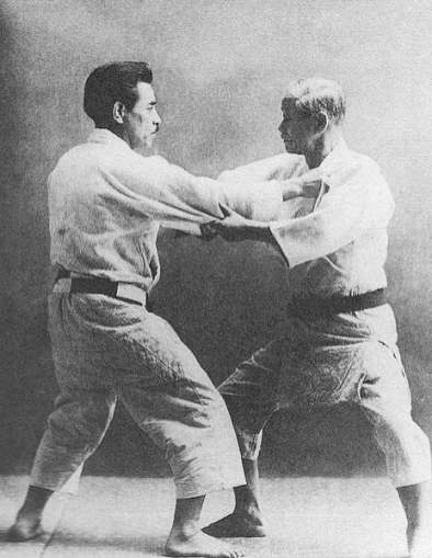 Jigoro_Kano_and_Kyuzo_Mifune_(restoration)