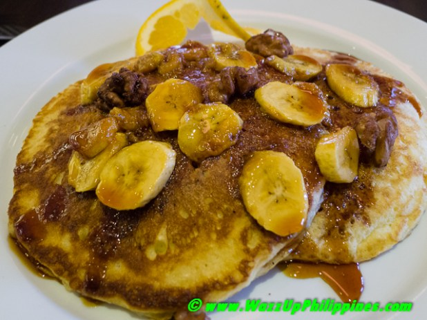 Cafe 1771-Sour Cream Pancakes with Caramelized Banana and Candied Walnuts