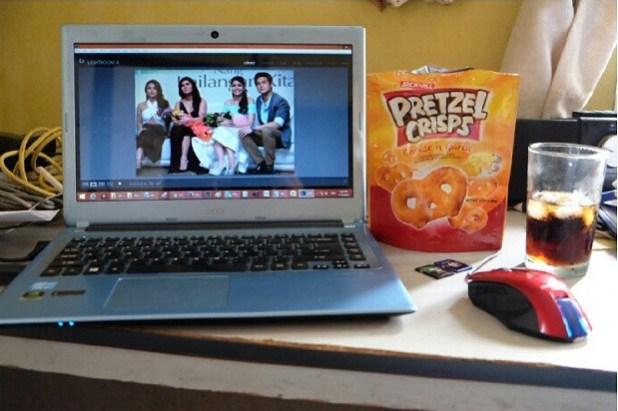 jackn jill pretzel Crisps snack while working