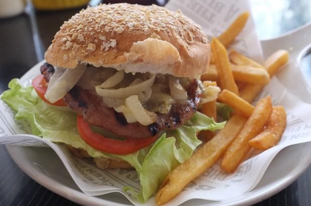 size matters pasig Italian Burger Job (IBJ)