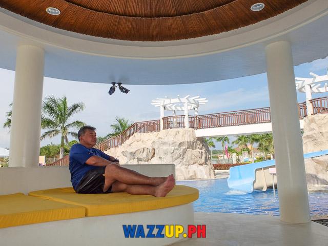 Super Fun Day Trip at Aquaria Beach Resort at Playa Calatagan