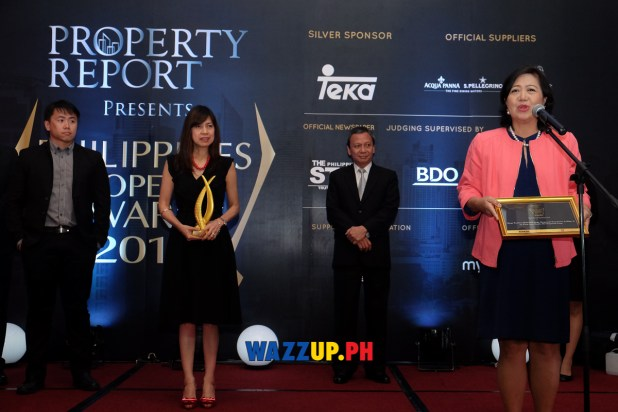 Ms. Annie Garcia, President of SM Supermalls, thanking the panel of judges for the award