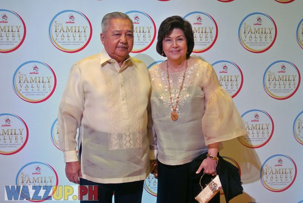 Jolibee 5th Family Values Award Philippines Joseph Tanbuntiong President Blog Blogger Duane Bacon Boots Anson Rodrigo