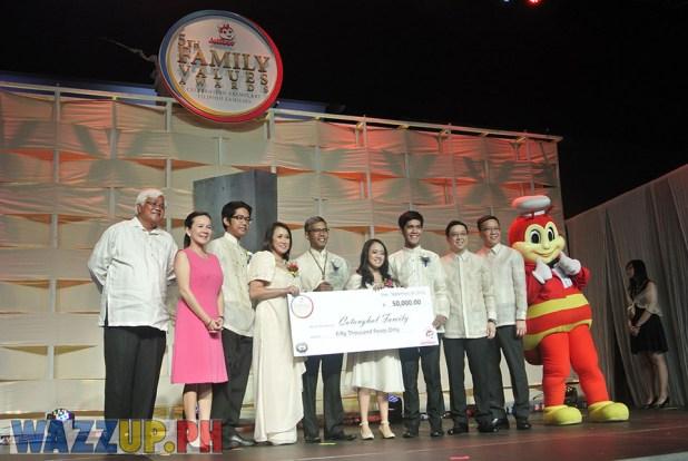 Jolibee 5th Family Values Award Philippines Joseph Tanbuntiong President Blog Blogger Duane Bacon Catanghal Antony Tony Meloto GKK