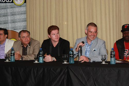 """Canelo belted in Panama, says """"I'll fight Mayweather at my weight"""""""