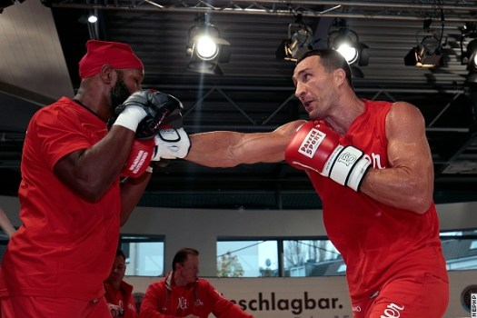Photos: Klitschko, Pulev Put in Work at Volkswagen Center