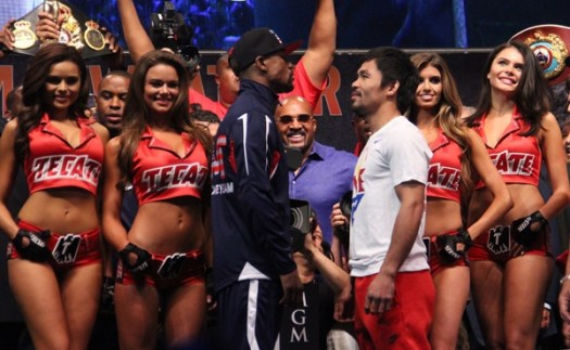 Photos: Floyd Mayweather, Manny Pacquiao make weight