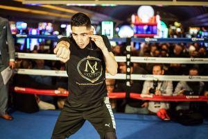 Leo Santa Cruz set to defend his title vs Rafael Rivera