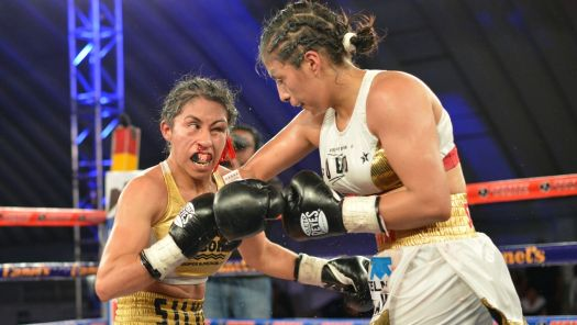 Plata Wins Interim Title From Torres. Photo: Zanfer Promotions.