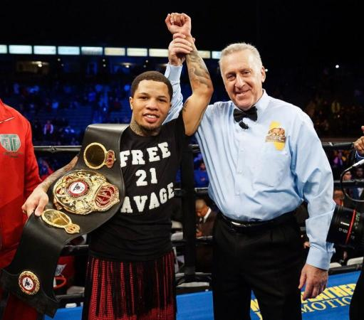 Gervonta Davis blasts Ruiz in one round