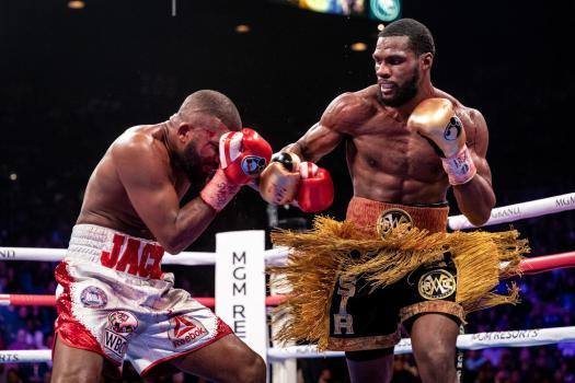 Browne defends this Saturday against Pascal
