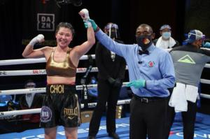 Hyun Mi Choi shined in Hollywood and retained her WBA 130-pound crown