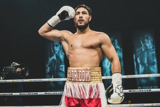 Sadriddin Akhmedov ganó el título AMB-Continental súper welter en Cuernavaca