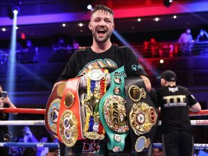Taylor wants to close the year with a bang against Catterall