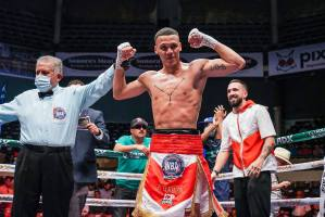 Correa knocked out Acosta and is the new WBA-Fedecaribe Champion