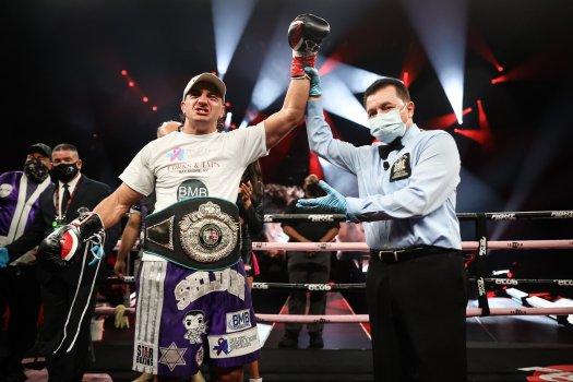 Seldin retains his WBA NABA belt in Brooklyn