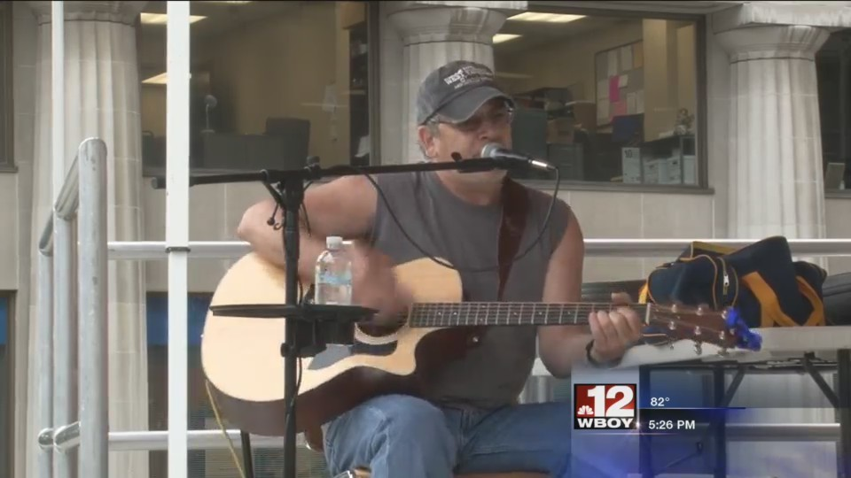"""Harrison County Courthouse hosts """"Tunes at Noon"""""""