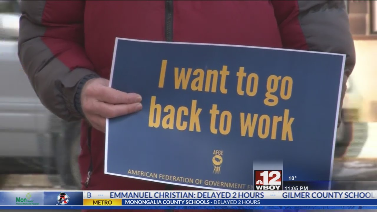 American Federation of Government Employees hosts rally against the government shutdown