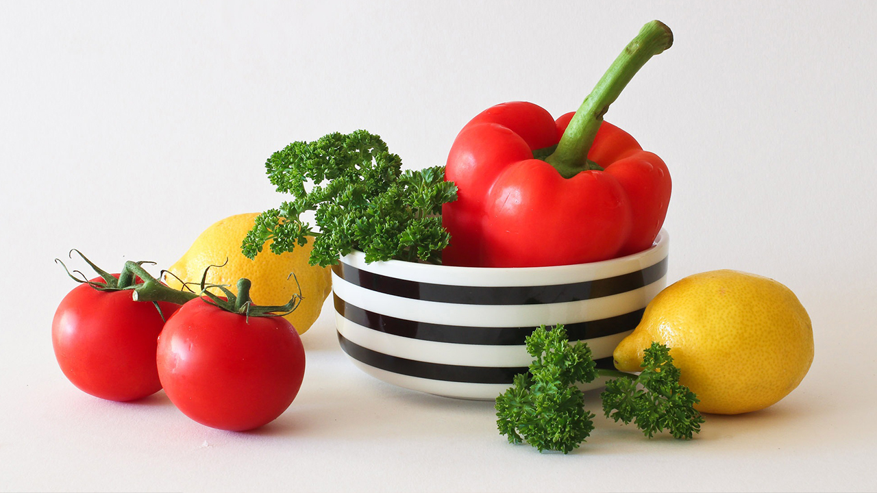 vegetables-fruits-healthy-eating-family_1521477827391_353430_ver1_20180328053901-159532