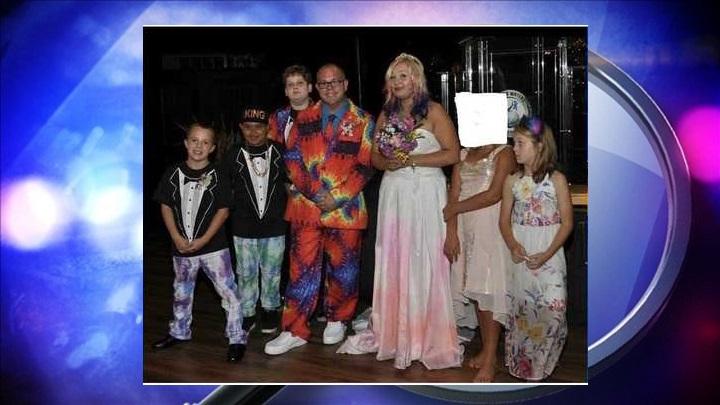 missingfamily_1558457621351.jpg