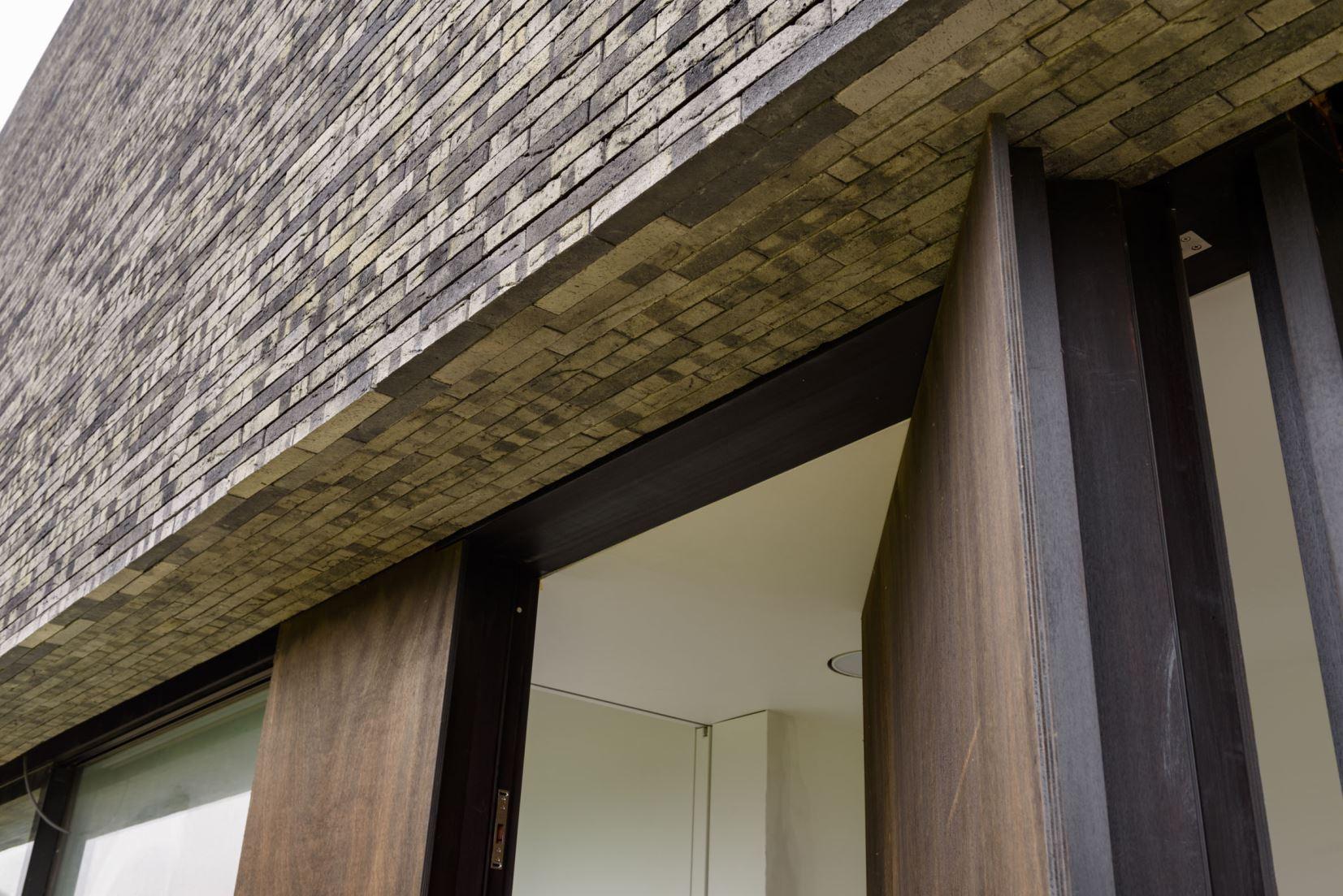 wbuild bouw- en projectcoördinatie Aalst moderne houten deur