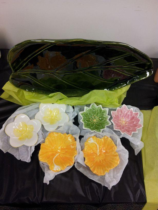 Flower & Leaf Ceramic set from Rauyl Nakayama Pottery
