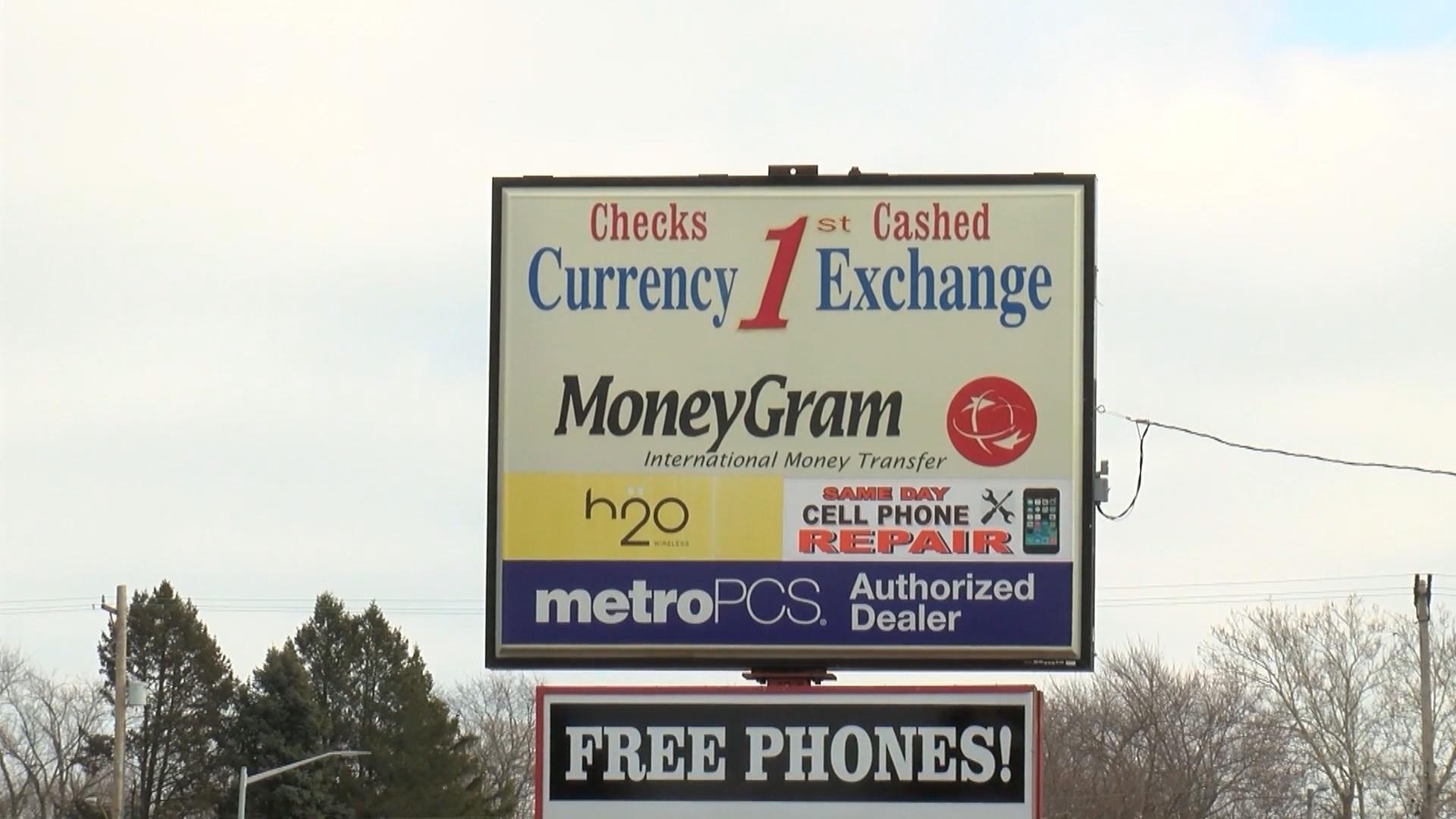 Rauner wants higher check cashing fees