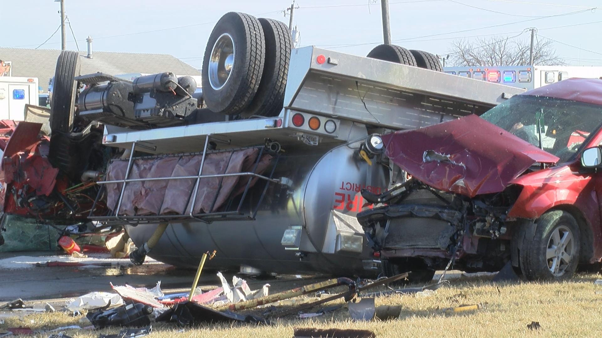 truckwreck_1518535008525.jpg