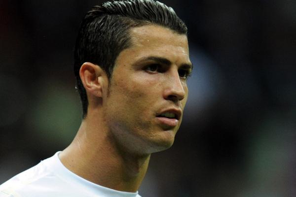 Neue Frisur Cristiano Ronaldo – Trendige Frisuren 2017 Foto Blog