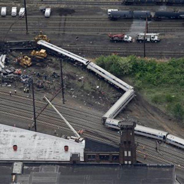 APTOPIX Amtrak Crash_91508