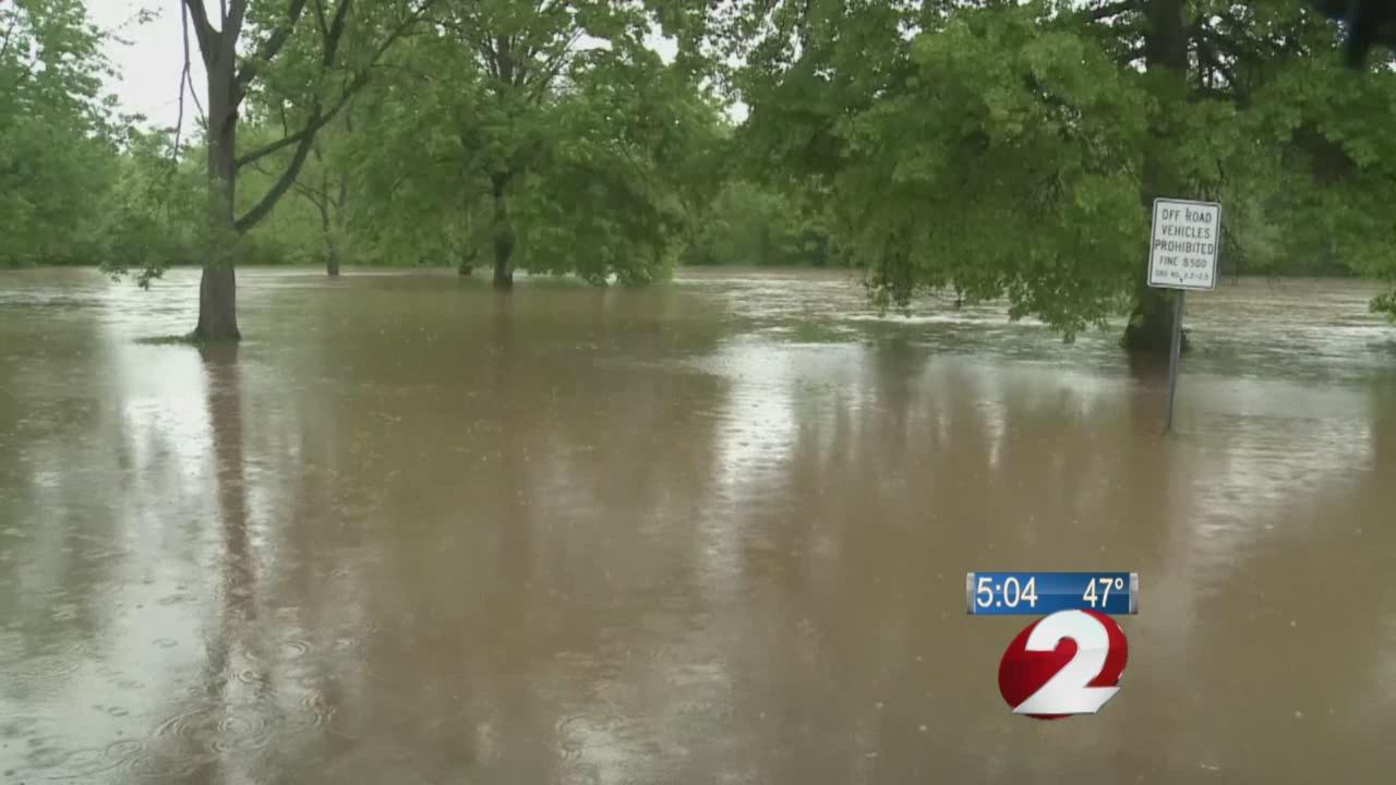 Mississippi River flooding_242617