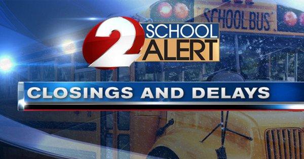 WDTN School Closings and Delays_273546