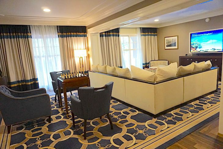 Disneys Yacht Club Resort Disney Suites Cara