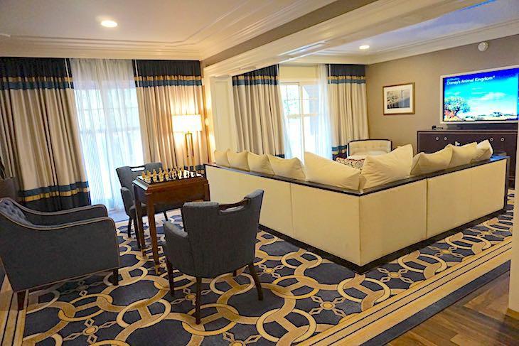 Disneys Yacht Club Resort  Disney Suites  Cara