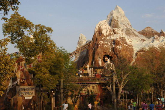 everest queue - disney