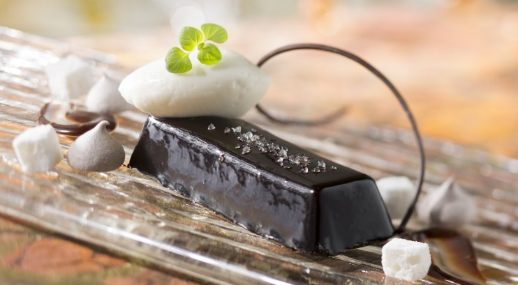 chocolate pudding cake - disney