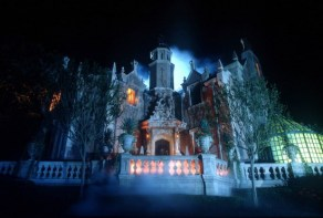 haunted mansion exterior - disney