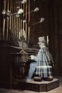 haunted mansion organ - disney