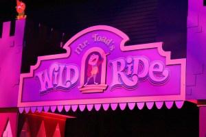 mr-toads-wild-ride-facade_itm_flickr