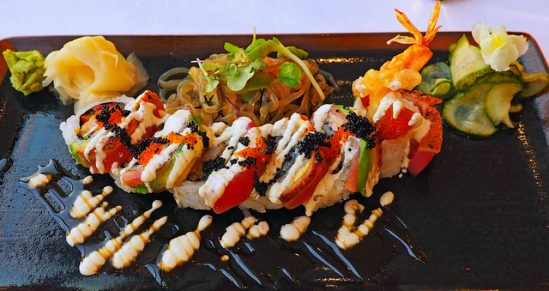Dragon Roll (California Grill) - Flickr User Frank Phillips, https://www.flickr.com/photos/frankfranc/35469798723