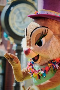Clarice in Move It! Shake It! MousekeDance It! street parade