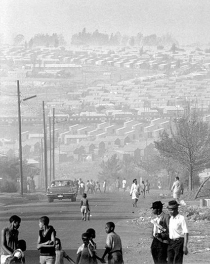 DavidGoldblatt.MofoloSouth.Soweto1972.jpg