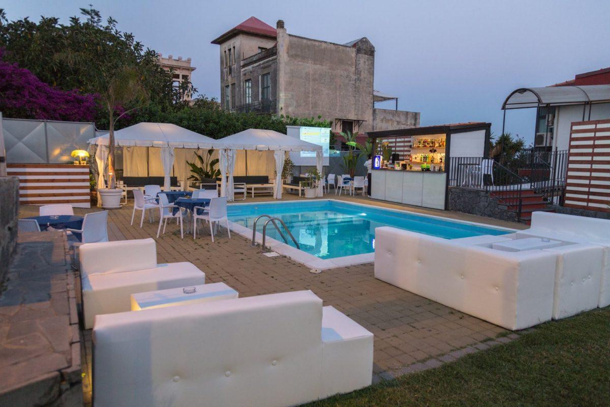 La Terrazza Lounge Bar  Wead