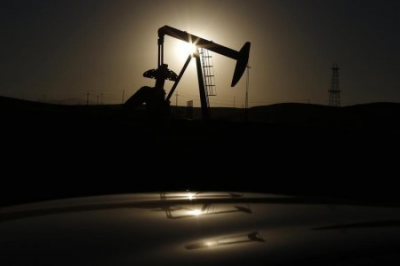 U.S. Oil Well Shut-ins Start As Crude Rout Batters Small Producers