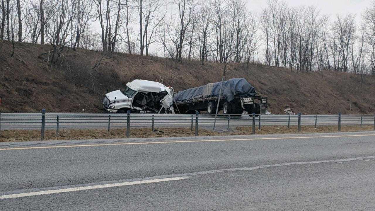 Tractor trailer crash_1546883244564.jfif.jpg