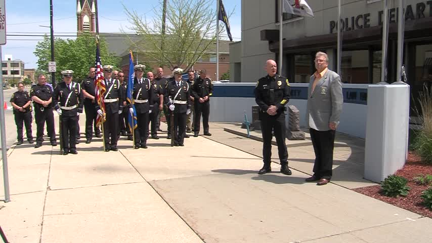 Local police departments hold events for National Police Wee_17892253