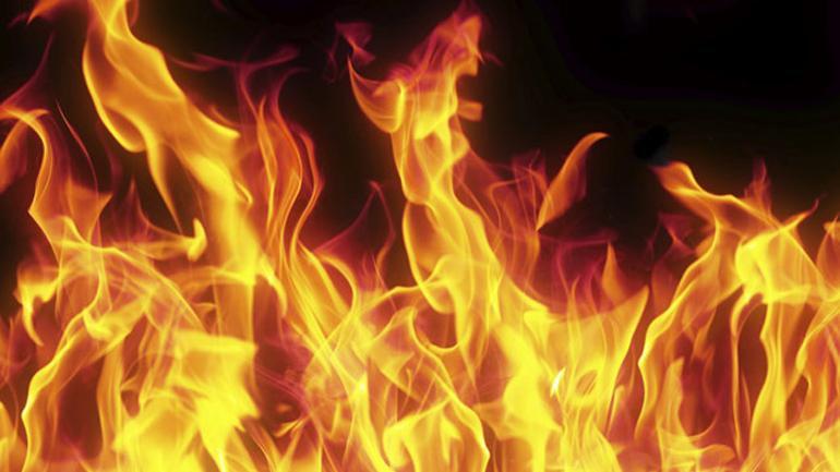 flames-fire-cbs-stock-generic_16x9_1489306187442.jpg