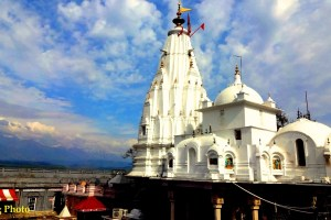 Brijeshwari devi temple Kangra Himachal pradesh Places to worship in Kangra Himachal