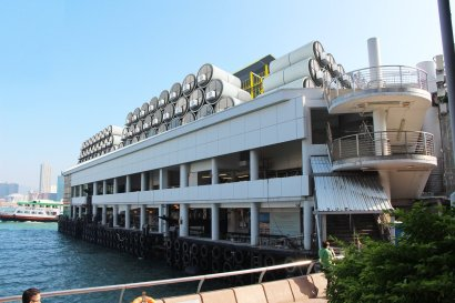 law-sees-his-tube-homes-as-one-temporary-solution-to-hong-kongs-housing-shortage-the-pods-could-stack-in-unused-urban-space-like-shipyards-